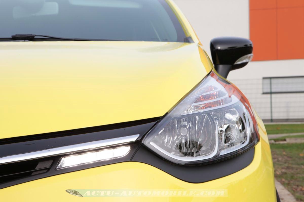 Clio moteur tce 90 essai renault clio tce ch test auto turbo for Garage bmw labege