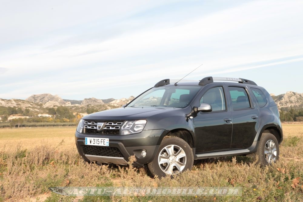 essai dacia duster 2014 tce 125 bilan photos actu. Black Bedroom Furniture Sets. Home Design Ideas