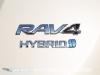 Toyota-RAV4-2016-05