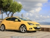 Opel_Astra_GTC_15