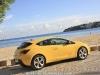 Opel_Astra_GTC_17