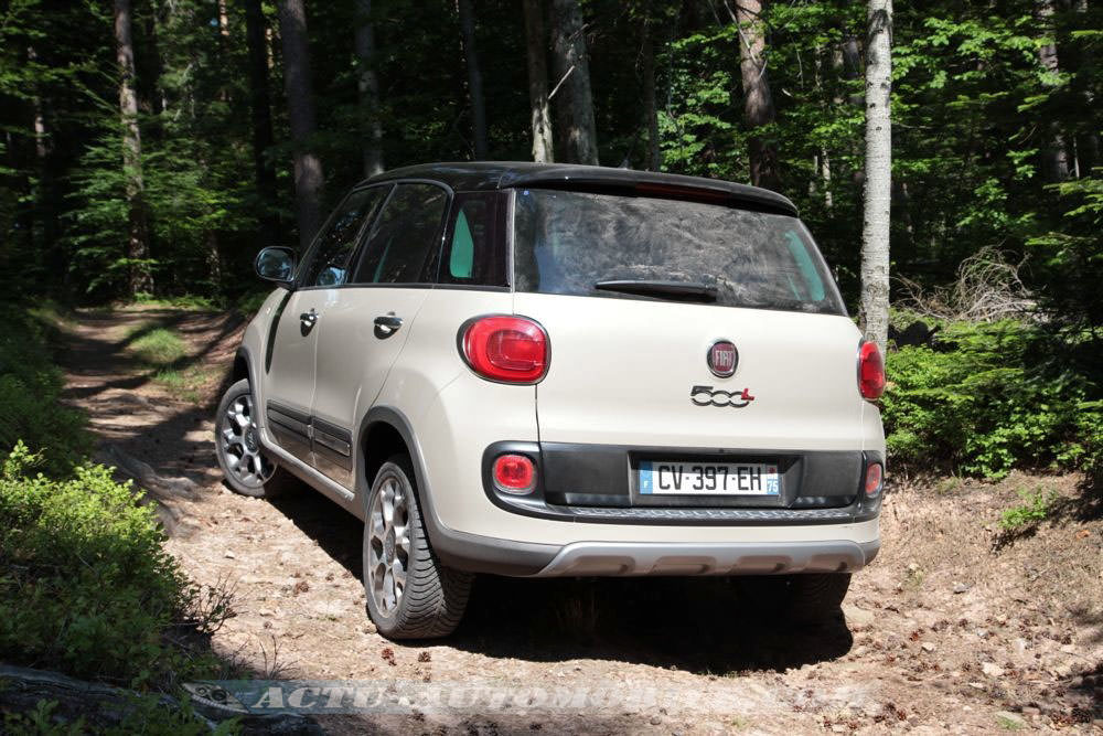 essai fiat 500l trekking 1 6 diesel 105 bilan photos actu automobile. Black Bedroom Furniture Sets. Home Design Ideas