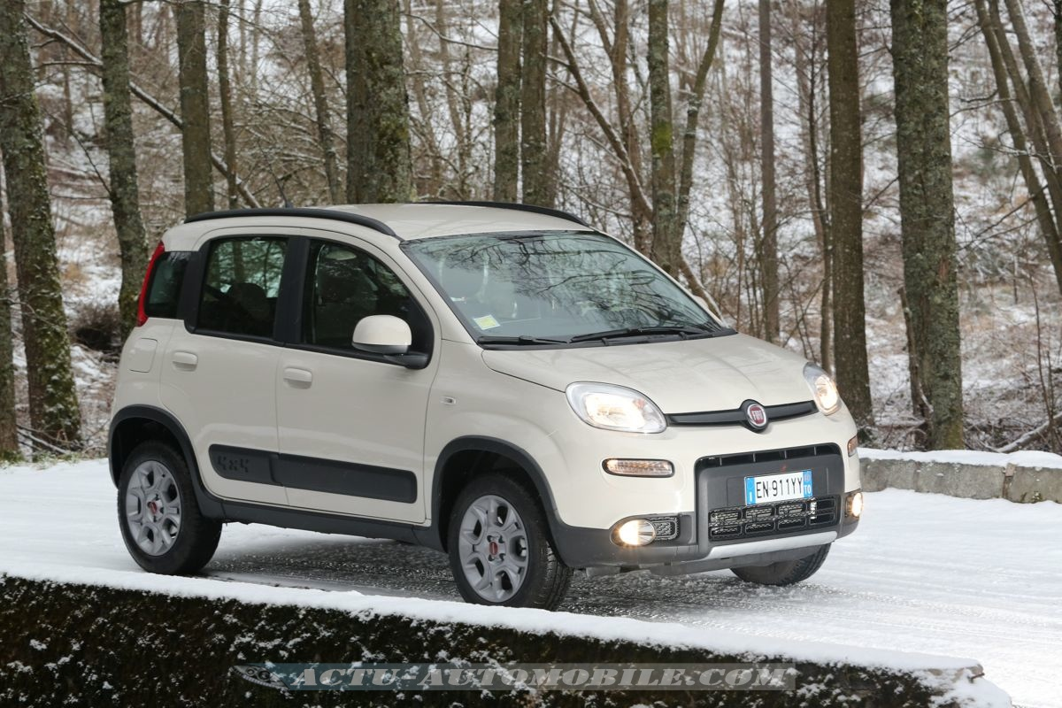 essai fiat panda 4x4 0 9 twinair 85 bilan photos actu. Black Bedroom Furniture Sets. Home Design Ideas