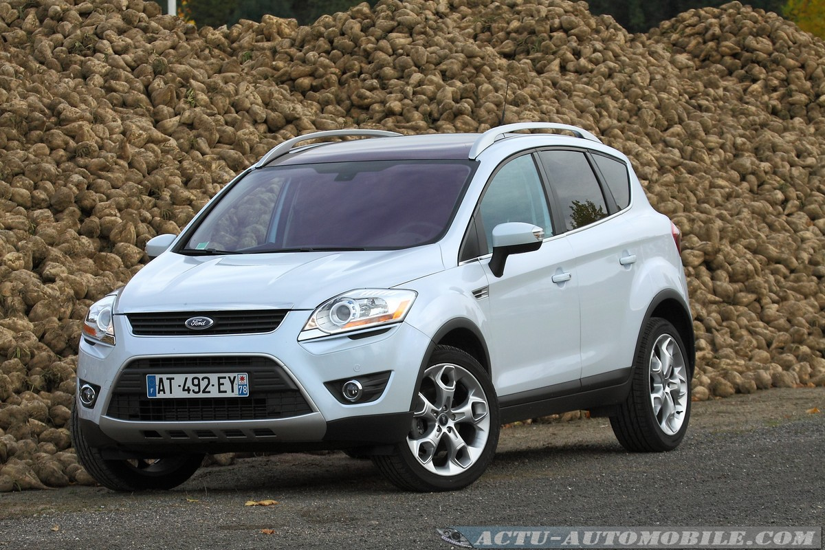 essai ford kuga tdci 163 4x4 powershift bilan galerie photo caract ristiques techniques. Black Bedroom Furniture Sets. Home Design Ideas