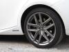 Lexus-is300h-08_mini
