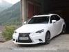 Lexus-is300h-10_mini