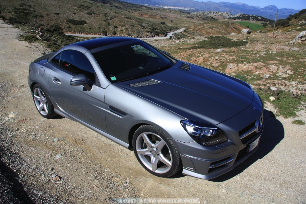 essai mercedes slk 200 be 7 g tronic 2011 bilan galerie photos actu automobile actu. Black Bedroom Furniture Sets. Home Design Ideas