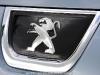 Peugeot_3008_HYbrid4_10