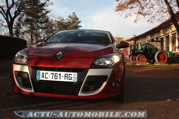 2009 renault megane coup dci 160 related infomation specifications weili automotive network. Black Bedroom Furniture Sets. Home Design Ideas