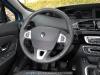 Renault_Scenic_2012_23