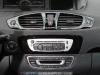 Renault_Scenic_2012_24