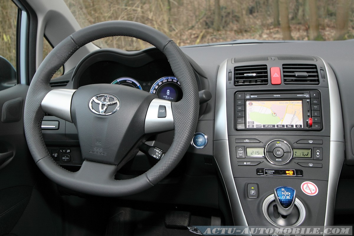 auris facelift d4d 90cv ou 126cv toyota forum marques. Black Bedroom Furniture Sets. Home Design Ideas