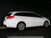 Toyota-Auris-Touring-Sports-13_mini
