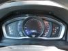 Volvo-V60-04
