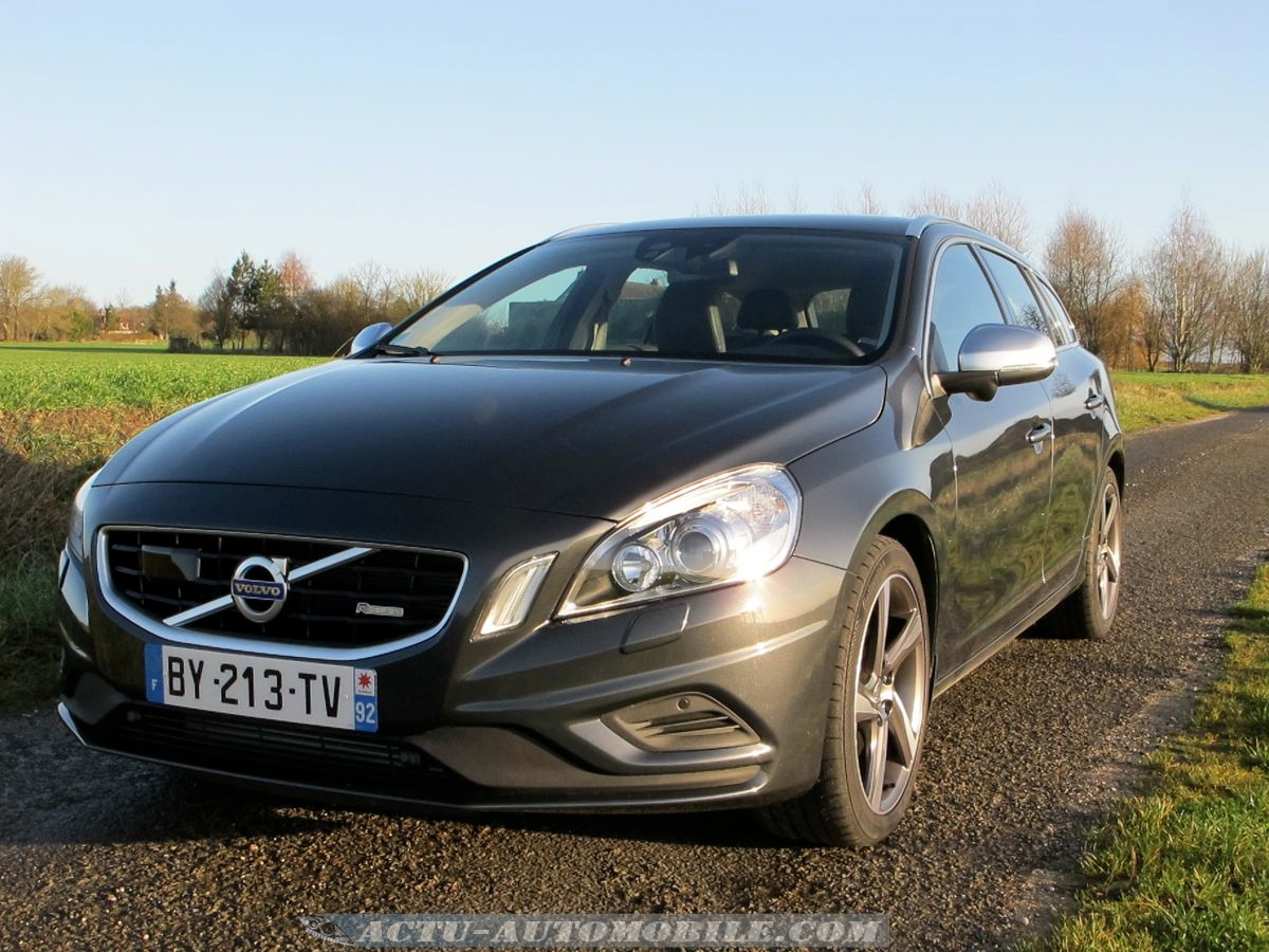 essai volvo v60 t6 awd geartronic r design bilan galerie photos actu automobile actu. Black Bedroom Furniture Sets. Home Design Ideas