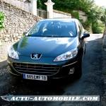 Peugeot 407 de face