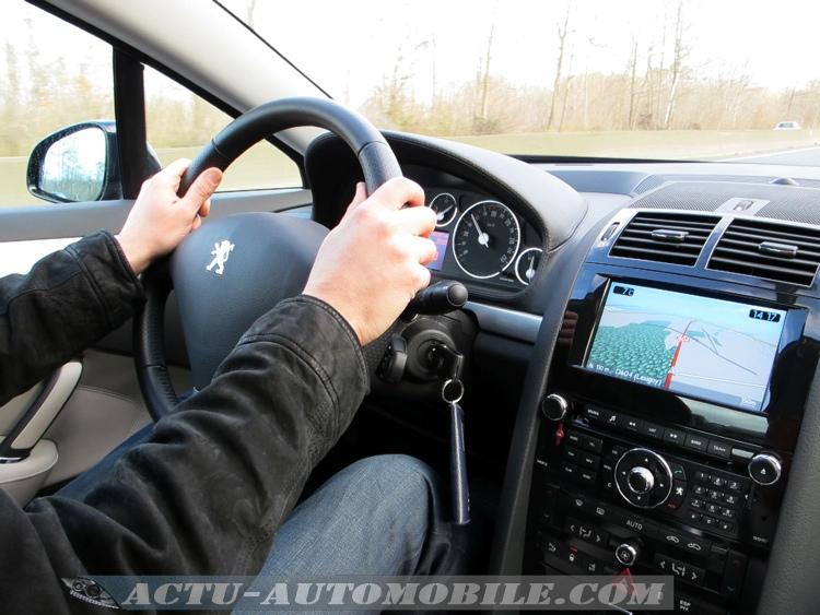 Essai Peugeot 407 Coupe GT