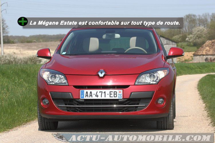 Renault-Megane-Estate-dci160-t4
