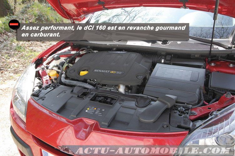 Renault-Megane-Estate-dci160-t5