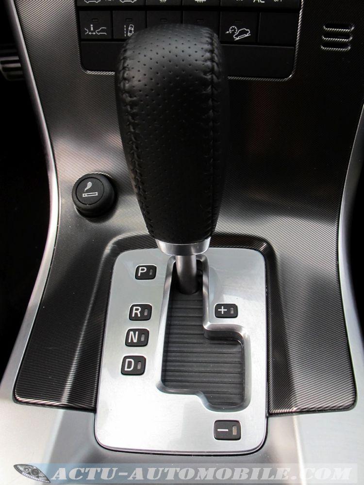 Volvo XC60 R Design