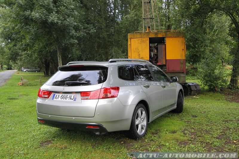 honda-accord-tourer-08