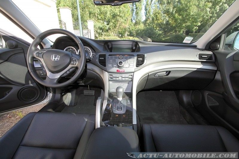 honda-accord-tourer-18