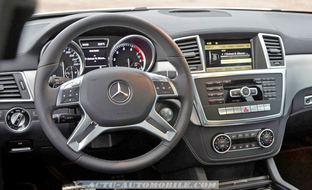 Essai mercedes classe m 250 350 bluetec 4matic actu for Mercedes classe m interieur