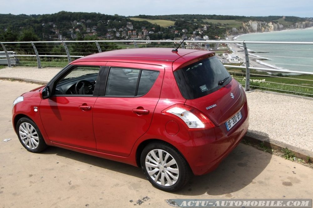 suzuki-swift-2011-20