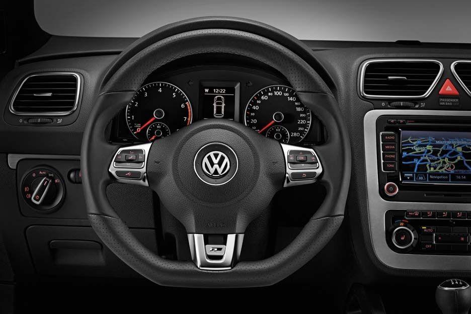 Volkswagen Scirocco Carat et Sportline avec Pack R-Line