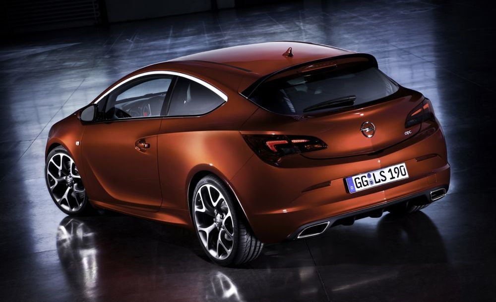 Nouvelle Opel Astra GTC OPC