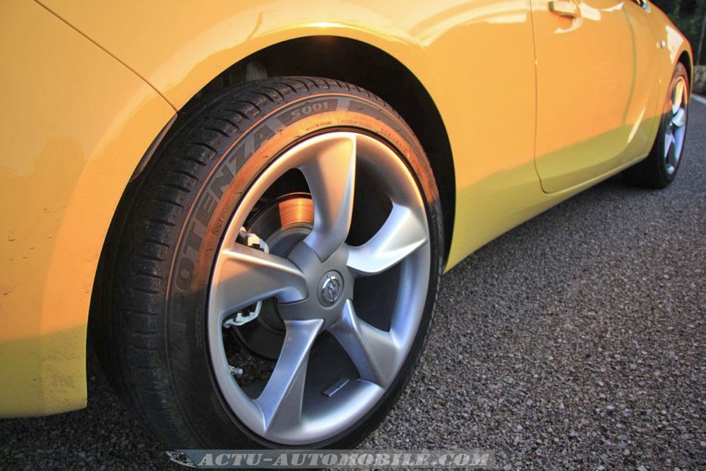 Opel Astra GTC Sport 1.6 Turbo 180 ch