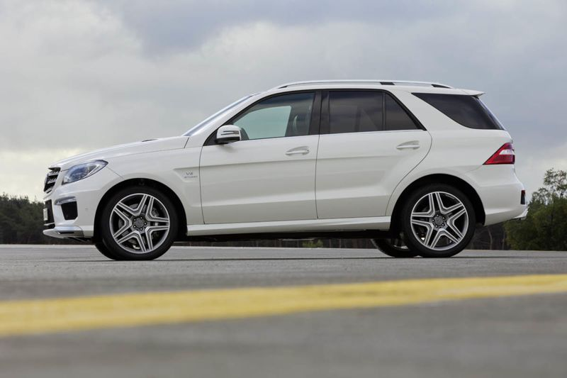 mercedes ml 63 amg 2012 v8 biturbo actu automobile. Black Bedroom Furniture Sets. Home Design Ideas