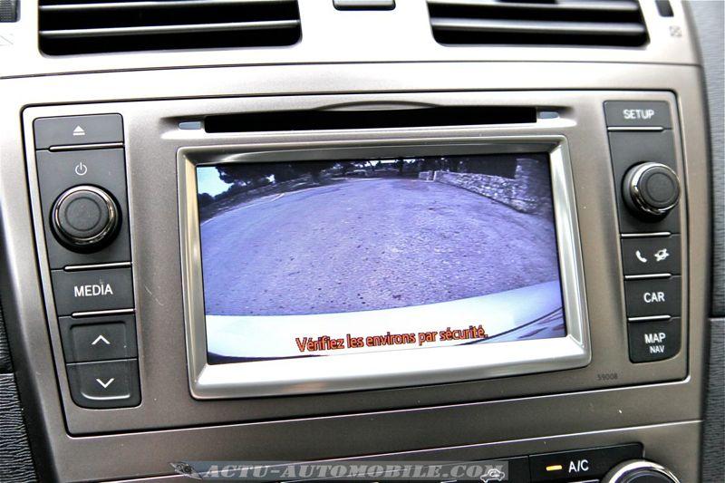 Toyota Avensis restylée