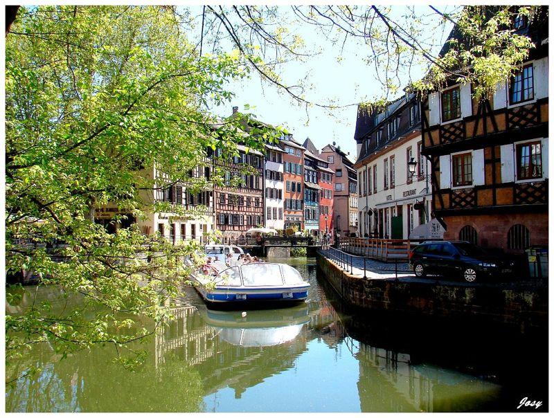 Coffret cadeau Happytime : escapade sur la route des vins à Strasbourg