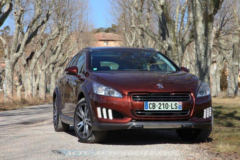 http://www.actu-automobile.com/wp-content/uploads/2012/02/Peugeot_508_RXH_34.jpg