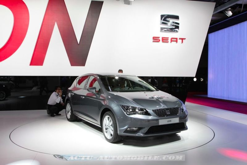 nouvelle seat leon technologies golf on board. Black Bedroom Furniture Sets. Home Design Ideas