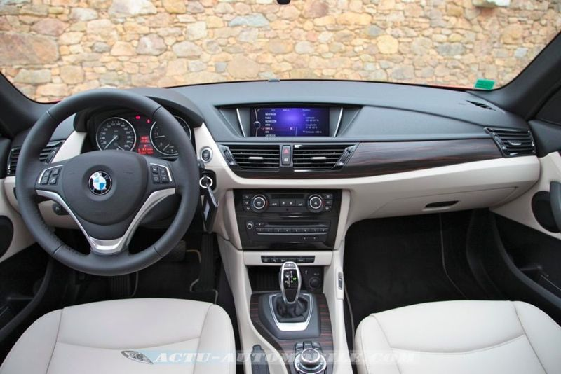 essai bmw x1 sdrive 20d x line volution en douceur actu automobile. Black Bedroom Furniture Sets. Home Design Ideas