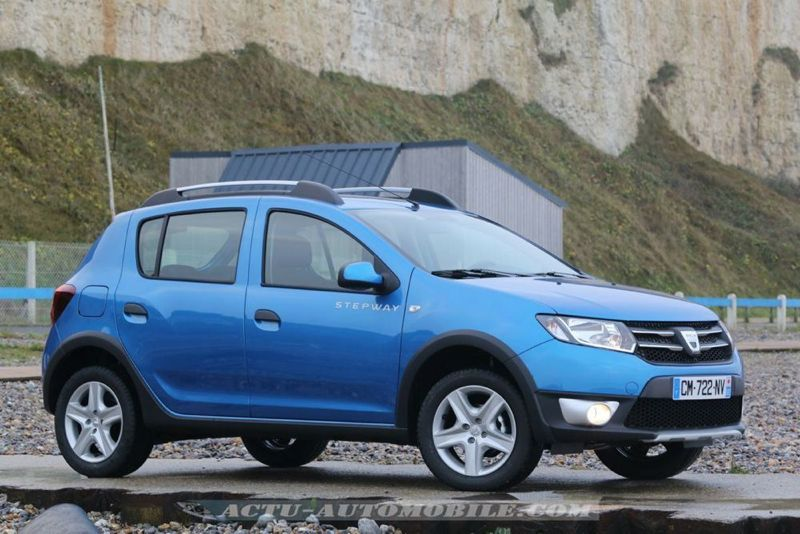Dacia_Sandero_Stepway_06_mini