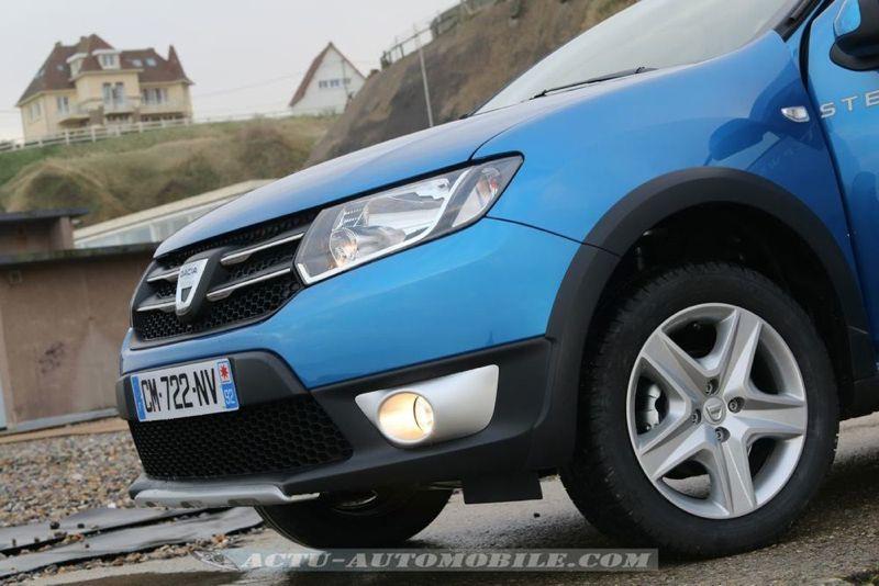 Dacia_Sandero_Stepway_10_mini