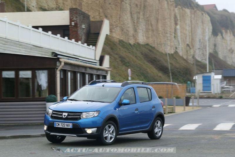 Dacia_Sandero_Stepway_22_mini