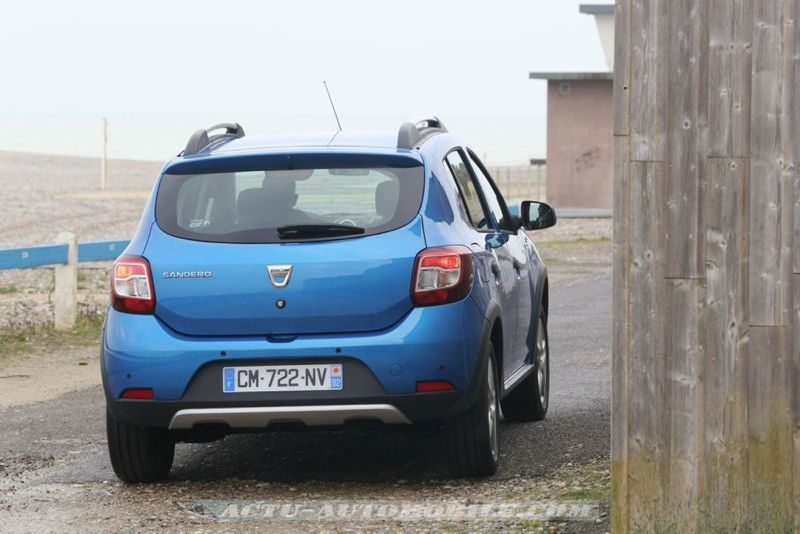 Dacia_Sandero_Stepway_27_mini