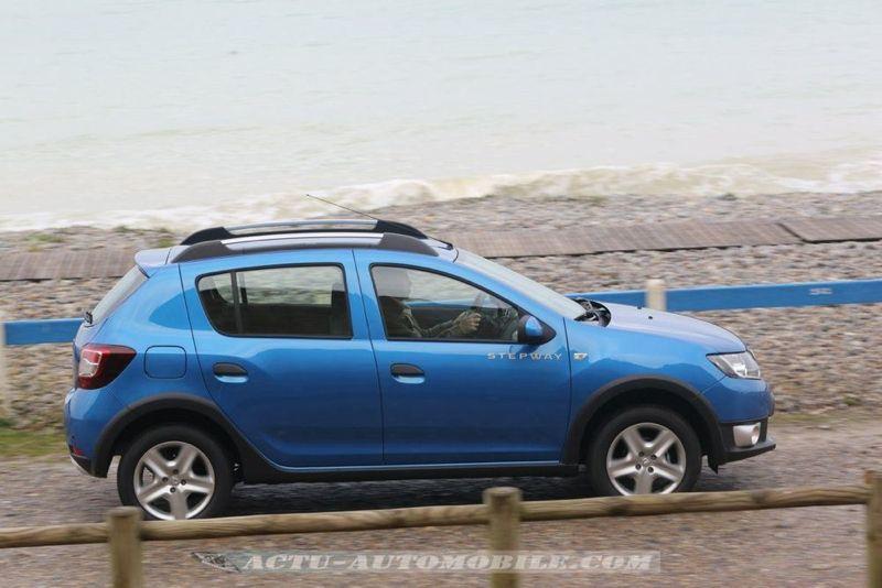 Dacia_Sandero_Stepway_30_mini