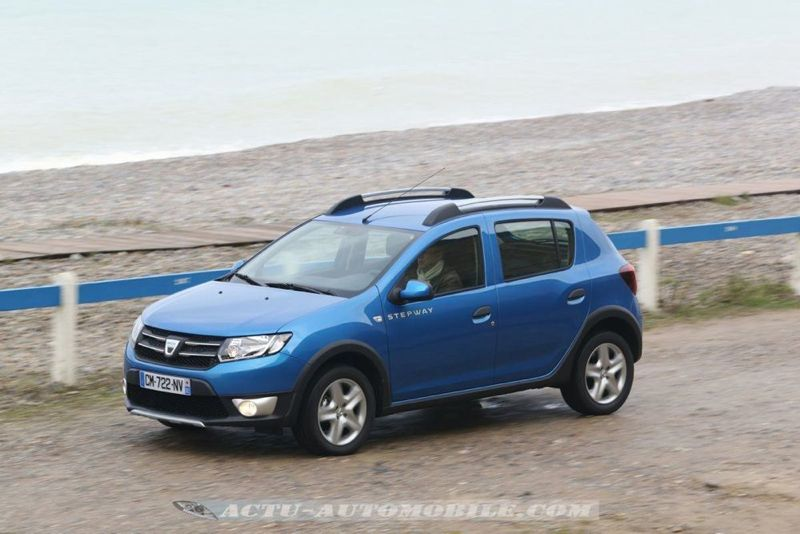 Dacia_Sandero_Stepway_31_mini