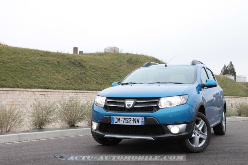 Dacia_Sandero_Stepway_38_mini