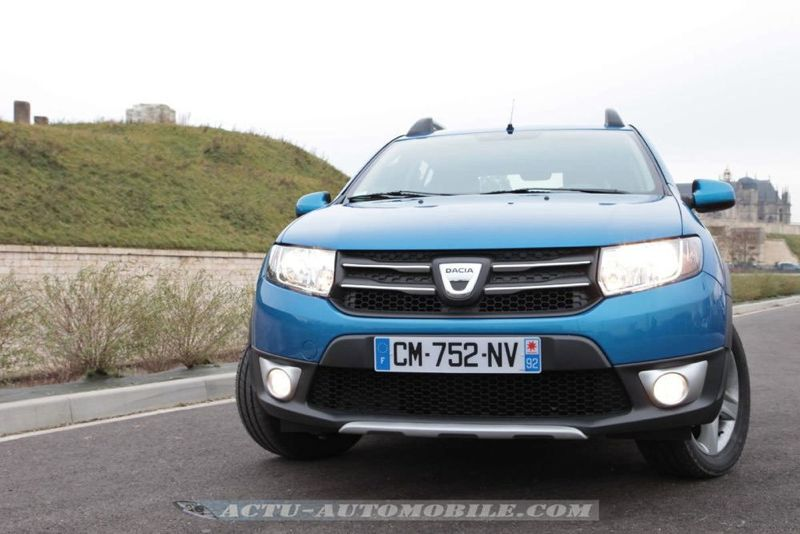 Dacia_Sandero_Stepway_39_mini