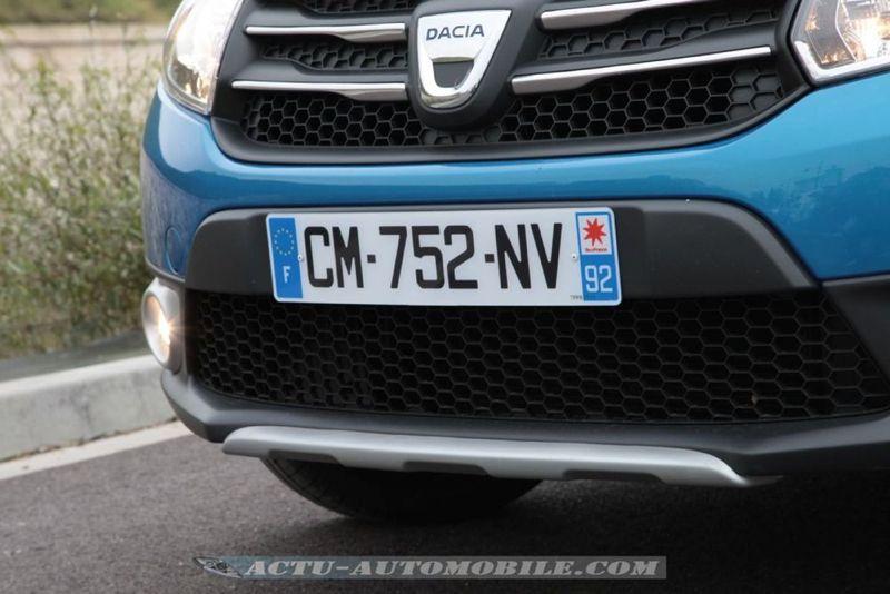 Dacia_Sandero_Stepway_47_mini
