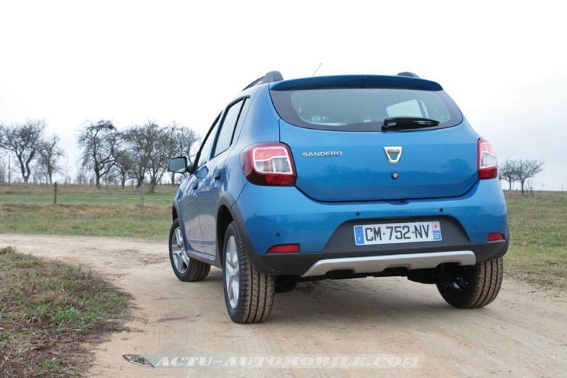 Dacia_Sandero_Stepway_62_mini