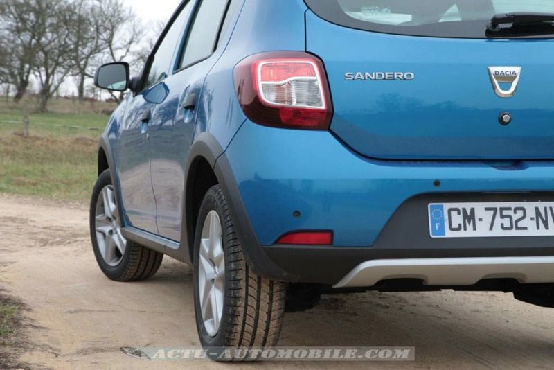 Dacia_Sandero_Stepway_63_mini