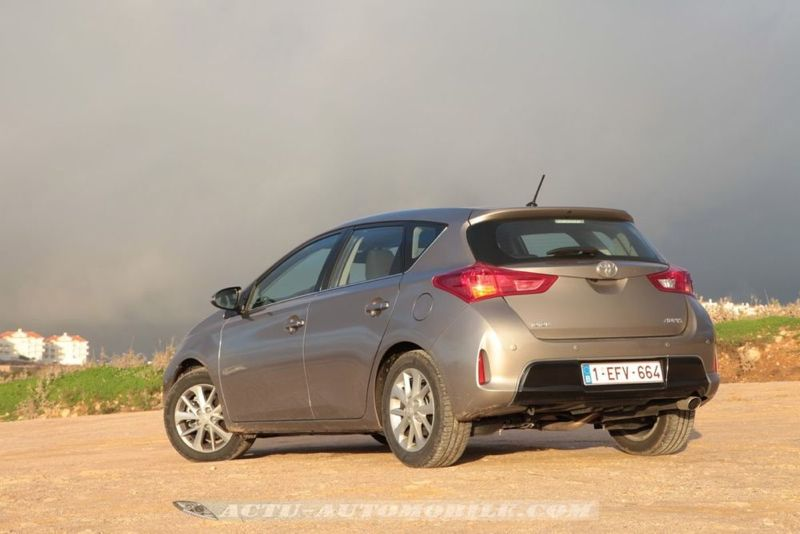 Toyota Auris Hybride 136h