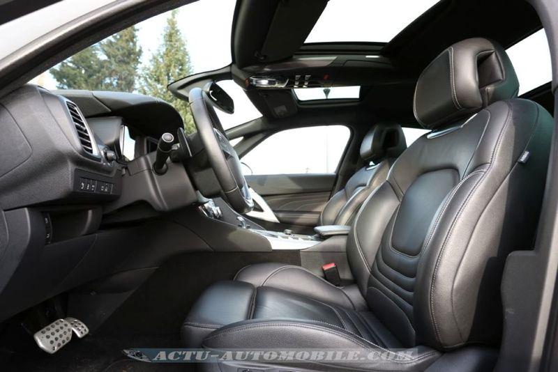 Essai DS5 hybride : les sièges avant